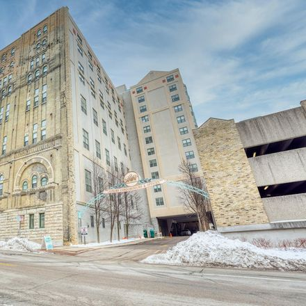 Rent this 2 bed condo on Blatz Mill House in 270 East Highland Avenue, Milwaukee