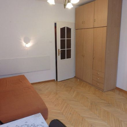 Rent this 3 bed room on Grunwaldzka in 25-001 Kielce, Polonia