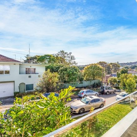 Rent this 1 bed apartment on 10/403-405 Old South Head Road