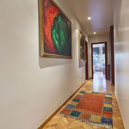 Rent this 4 bed apartment on Via Augusta in 342, 08006 Barcelona