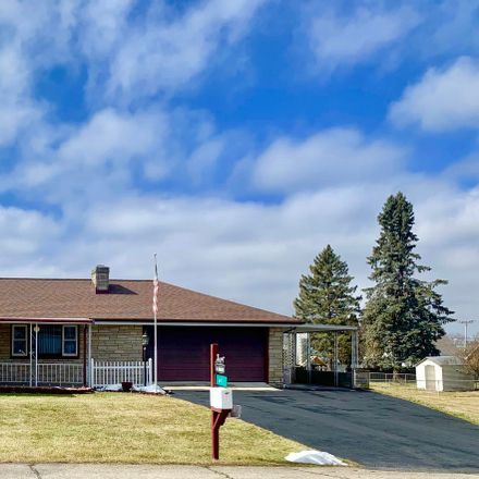 Rent this 3 bed house on Stevison Dr in Springfield, OH