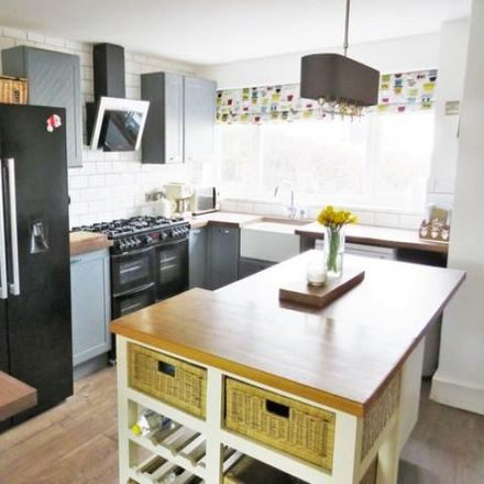 Rent this 3 bed house on Cherry Tree Walk in StourportonSevern DY13 0JR, United Kingdom