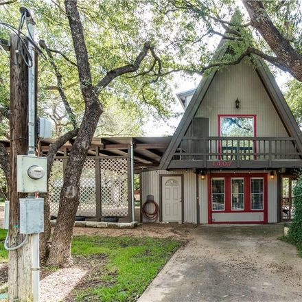 Rent this 3 bed loft on 1407 W Lakeland Dr in Austin, TX