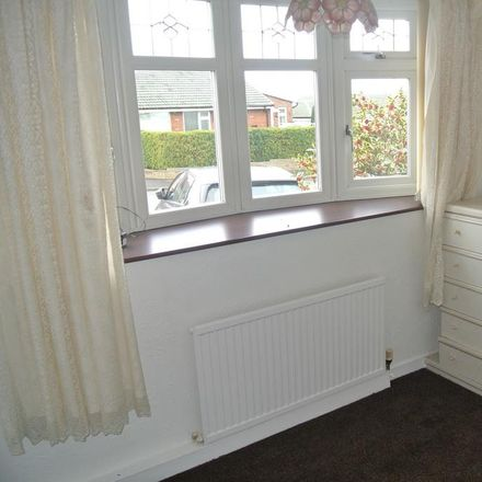 Rent this 3 bed house on 10 Beechfield in Moulton CW9 8PF, United Kingdom