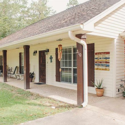Rent this 4 bed house on 210 Southland Drive in Lumberton, TX 77657