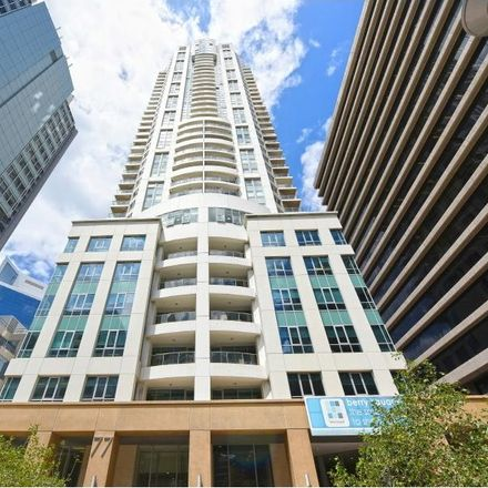 Rent this 1 bed apartment on 901/77-81 berry street