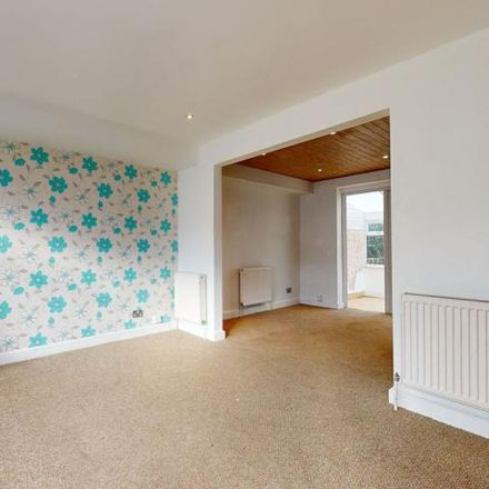 Rent this 3 bed house on Chase Lane School in York Road, London E4 8LA