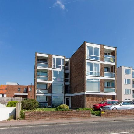 Rent this 2 bed apartment on Marine Parade East in Lee-on-the-Solent PO13 9LB, United Kingdom