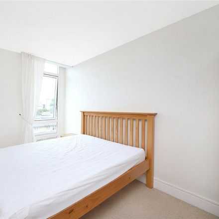 Rent this 3 bed apartment on Gainsborough House in Cassilis Road, London E14 9LQ