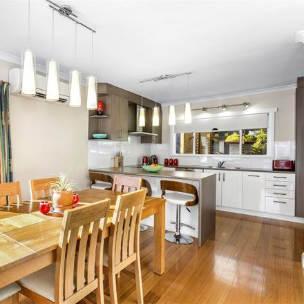 Rent this 4 bed house on 15 Pomona Road