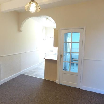 Rent this 1 bed apartment on Fearnley Street in Wakefield WF7 5BQ, United Kingdom