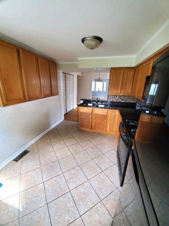 Rent this 2 bed house on 1304 Hamilton Ave in Elmhurst, IL