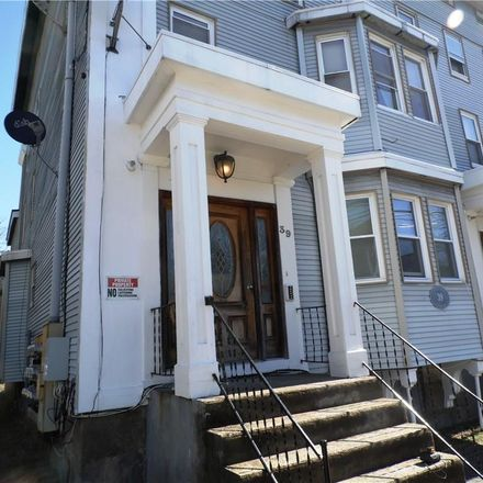Rent this 1 bed townhouse on Tilley Street in New London, CT 06320