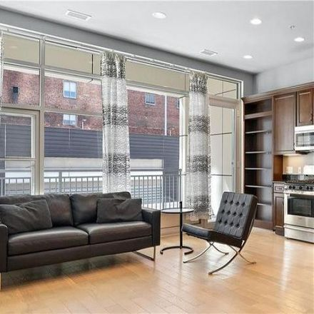 Rent this 2 bed condo on Piatt Place in 301 Fifth Avenue, Pittsburgh