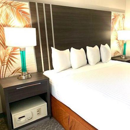 Rent this 0 bed condo on IHOP in 1850 Ala Moana Boulevard, Honolulu