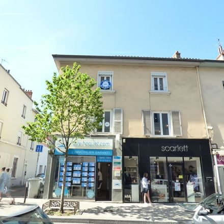 Rent this 1 bed apartment on 7 Rue Raspail in 69600 Oullins, France