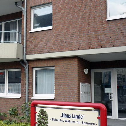 Rent this 2 bed apartment on Pestalozzistraße 7 in 41236 Rheydt, Germany