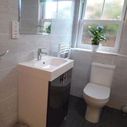 Rent this 2 bed apartment on Wok Inn in 44 Sheep Street, Northampton NN1 2LZ