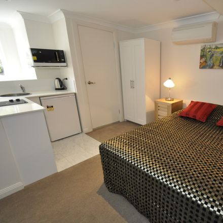 Rent this 1 bed room on 3/93 Pyrmont Street