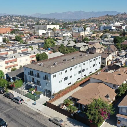 Rent this null bed apartment on 244 S Ave 18 in Los Angeles, CA