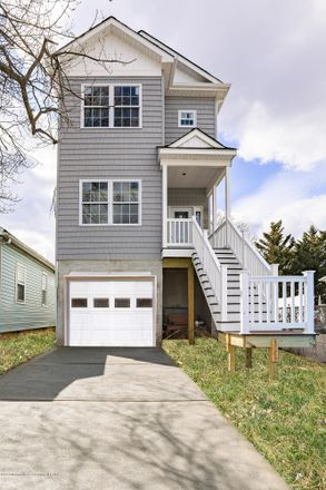Rent this 3 bed house on 912 2nd Street in Union Beach, NJ 07735