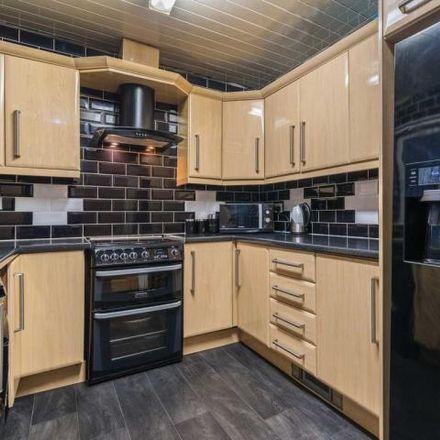 Rent this 4 bed house on Slaithwaite Close in Overthorpe WF12 9DG, United Kingdom