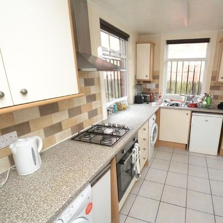 Rent this 2 bed apartment on Derwentwater Terrace in Leeds LS6 3JL, United Kingdom