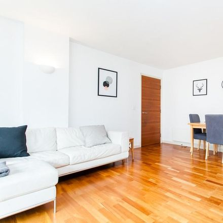 Rent this 2 bed apartment on Gainsborough Studios North in Poole Street, London N1 5EB