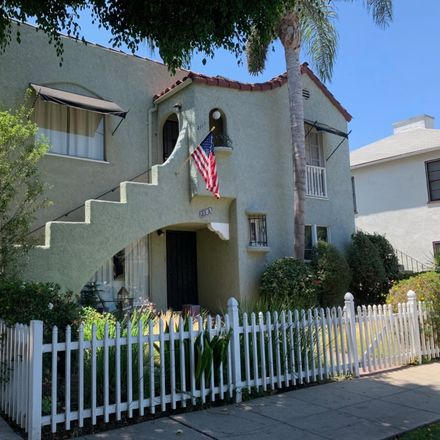 Rent this 2 bed apartment on 2111 Chestnut Avenue in Long Beach, CA 90806