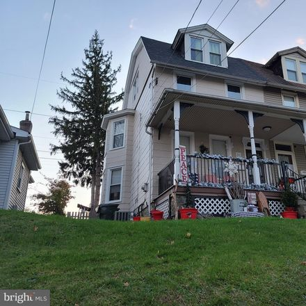Rent this 4 bed townhouse on Keswick Village in 2036 Mount Carmel Avenue, Abington Township