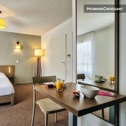Rent this 1 bed apartment on 18bis Boulevard du Général de Gaulle in 11100 Narbonne, France