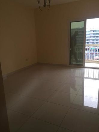 Rent this 1 bed room on Al Abraj St - Dubai - Emiratos Árabes Unidos