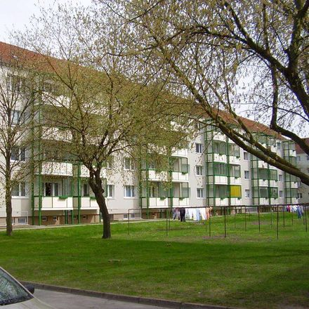 Rent this 2 bed apartment on Am Kronsberg 12 in 29410 Salzwedel, Germany