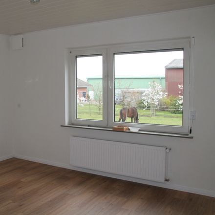 Rent this 2 bed apartment on Neuenfelde in Hamburg, Germany