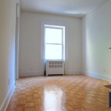 Rent this 1 bed apartment on 147 East 72nd Street in New York, NY 10021