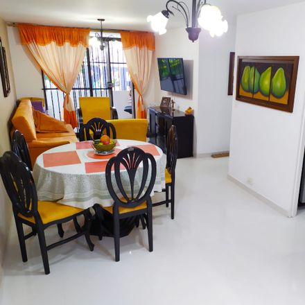 Rent this 3 bed apartment on Calle 28 in Comuna 16 - Belén, Medellín