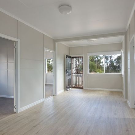 Rent this 3 bed house on 13 Toowoomba Road