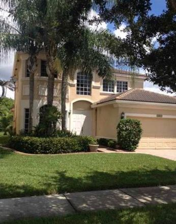 Rent this 4 bed house on Pembroke Pines