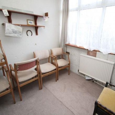 Rent this 3 bed house on Taunton Road in Trafford M33 5DG, United Kingdom