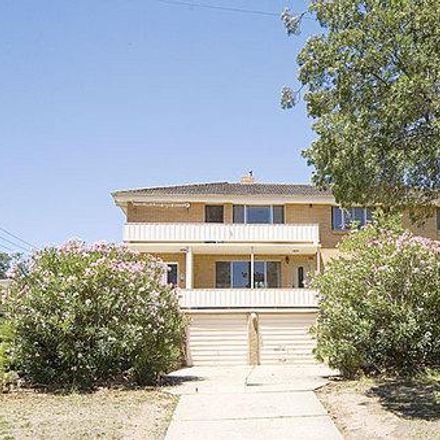 Rent this 3 bed townhouse on 5 Nuyts St