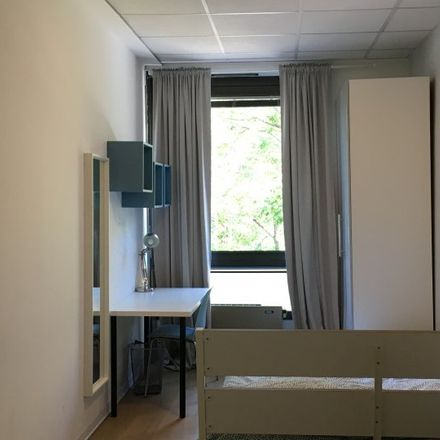 Rent this 8 bed room on Via privata Deruta in 20, 20132 Milan Milan