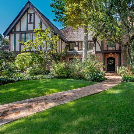 Rent this 7 bed house on La Brea Ave in Los Angeles, 5229 West 2nd Street