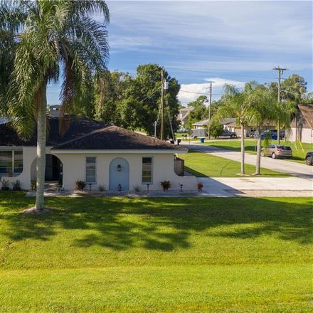 Rent this 2 bed house on New Jersey Blvd in Naples, FL