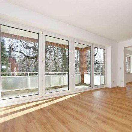 Rent this 3 bed apartment on Hamburg in Wellingsbüttel, HAMBURG