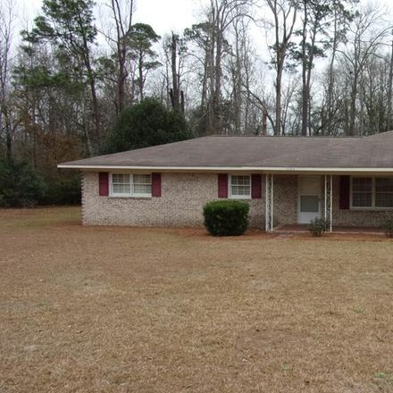 Rent this 3 bed house on North Cheney Drive in Vidalia, GA 30474