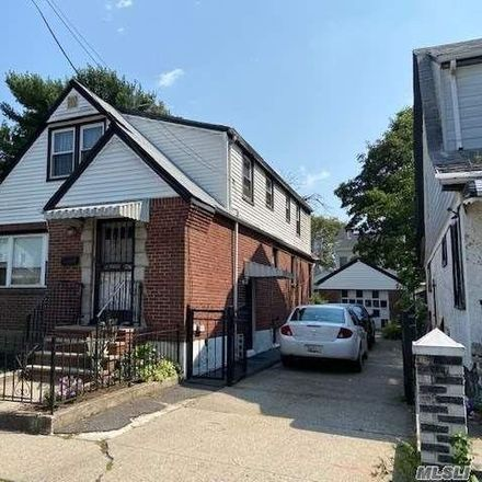 Rent this 3 bed house on 190-40 117th Road in New York, NY 11412