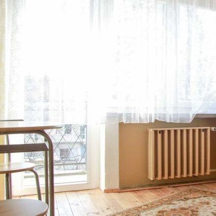 Rent this 4 bed room on Jana Szanieckiego 37 in 51-692 Wroclaw, Poland