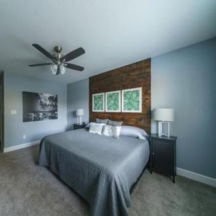 Rent this 3 bed house on 2684 West Prescott Avenue in Visalia, CA 93291