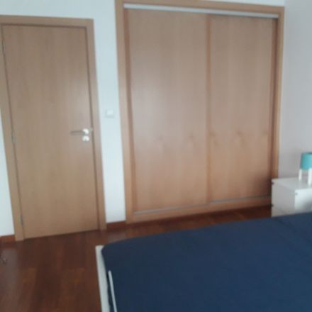 Rent this 3 bed room on Travessa Mariana Godinho in 7520 Sines, Portugal