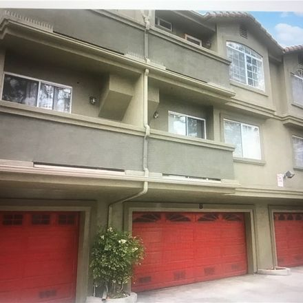 Rent this 2 bed condo on S Somerset Ranch Rd in Paramount, CA
